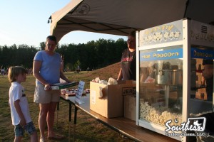 outdoor movie event concessions