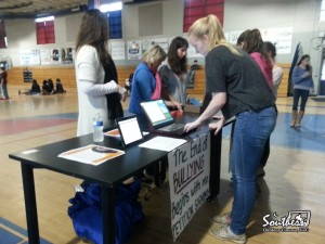 Anti-bullying petition at movie night