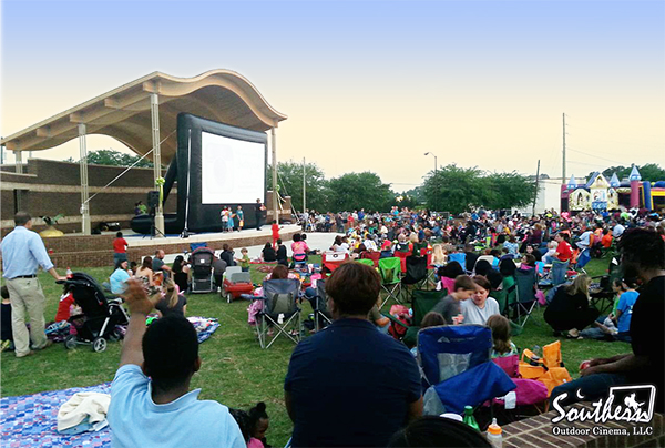 Outdoor Movie Kicks off Vidalia Onion Festival